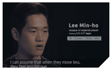 Image of interview by Samsung GALAXY Team's pro-gamers saying about less eye fatigue